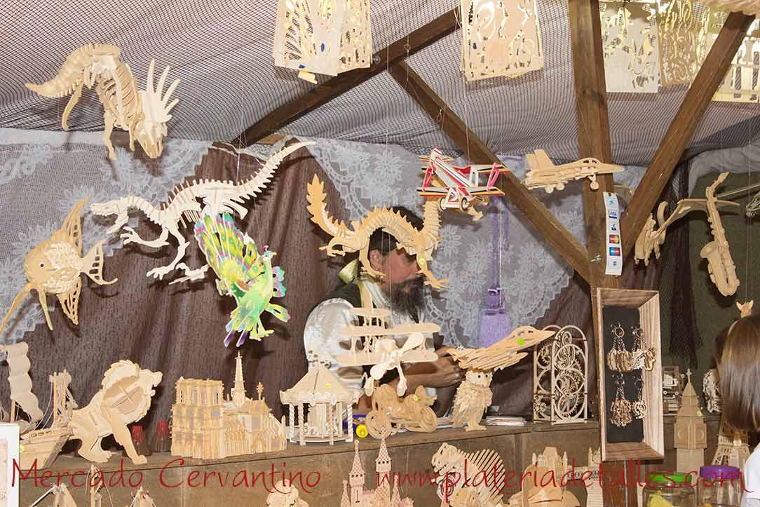 artesania madera dinosaurios mercado cervantino